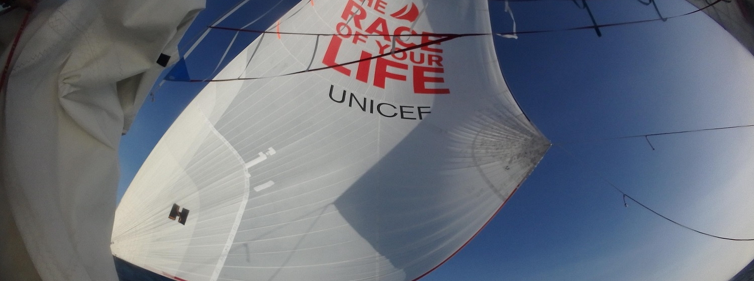 Code 2 mediumweight spinnaker flying on Unicef