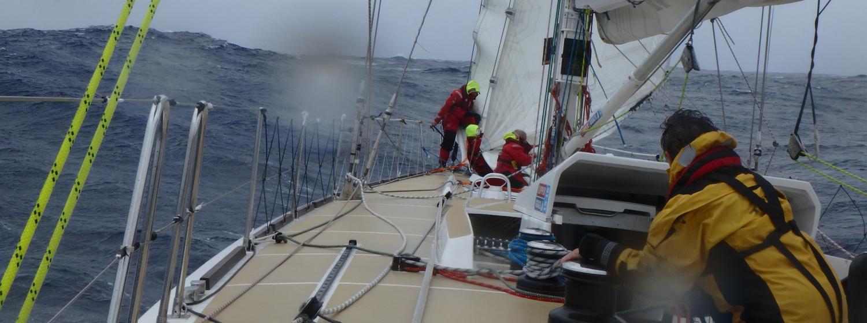 Fleet face light winds in Ocean Sprint challenge